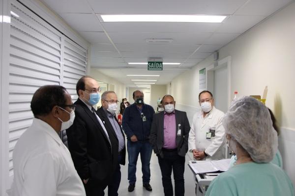 GHC apresenta revitalização da Enfermaria de Neurocirurgia do Hospital Cristo Redentor