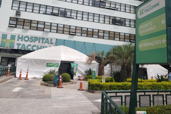Hospital Tacchini acende alerta para início da 3ª onda de Covid-19