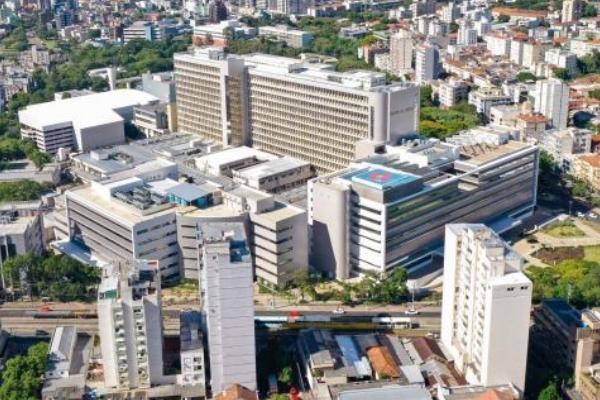 Hospital de Clínicas de Porto Alegre abre processo seletivo para enfermeiro
