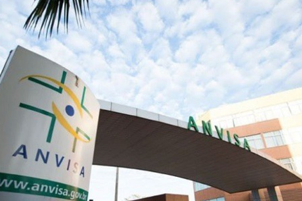 Por precaução, Anvisa suspende uso da vacina Covid-19 da AstraZeneca Fiocruz em gestantes