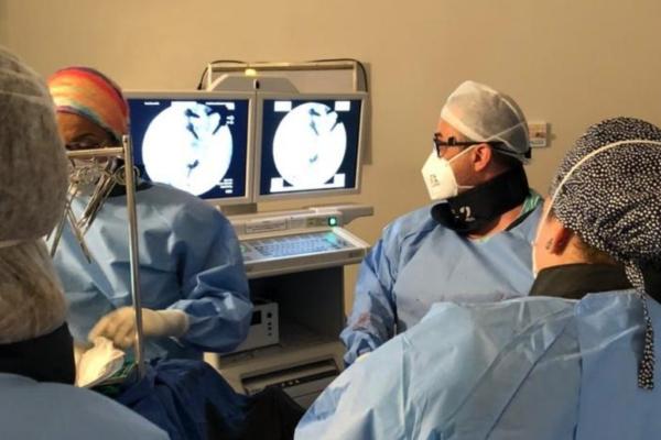HED realiza cirurgia complexa em paciente com caso extremamente raro no mundo