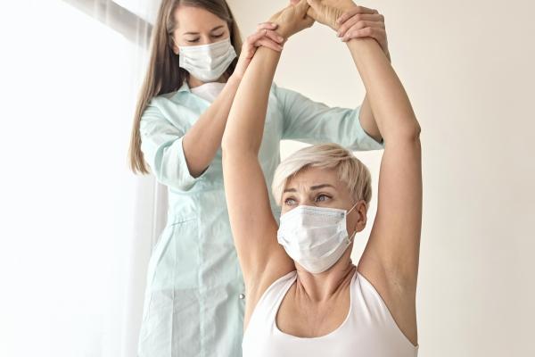 Fisioterapia em hospital é atividade-meio e terceirização é lícita, segundo TST