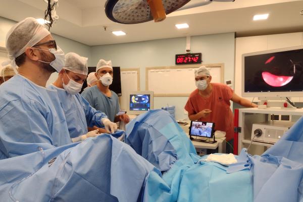 Hospital Mãe de Deus passa a adotar procedimento inovador para tratamento da próstata